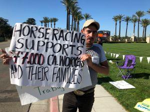 Trabajadores del Hipódromo Santa Anita rechazan fin de carreras de caballos