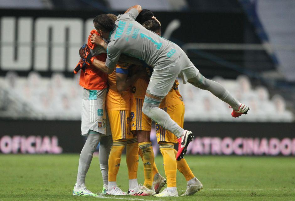 Los Tigres le ganan a Monterrey con Nahuel Guzmán como héroe