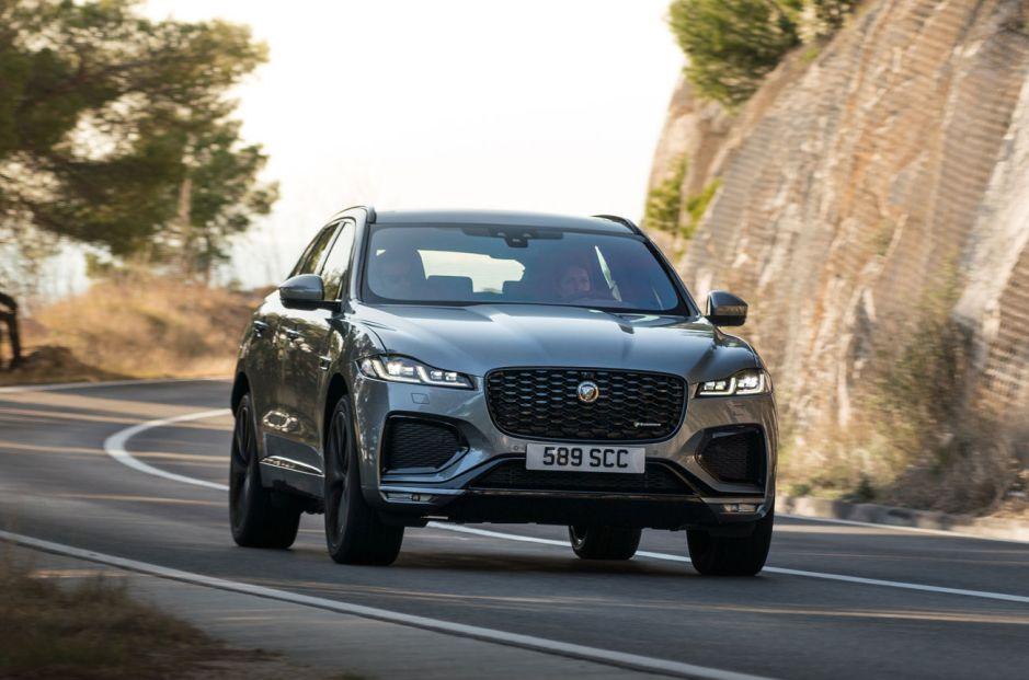 Jaguar F-Pace actualizado con mecánica híbrida de hasta 400 CV
