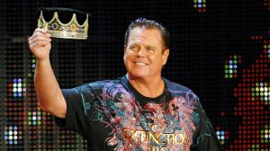 Jerry 'The King' Lawler gana combate a sus 70 años