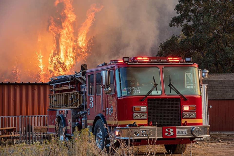 Incendio Bobcat.