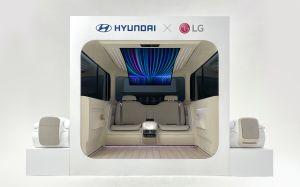 Hyundai podría integrar una enorme pantalla flexible y un robot de limpieza en sus autos