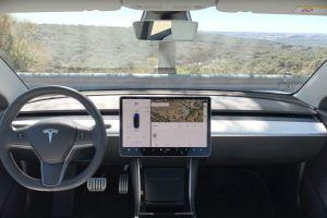 Los rines de los autos Tesla son el objeto del deseo en el mercado negro