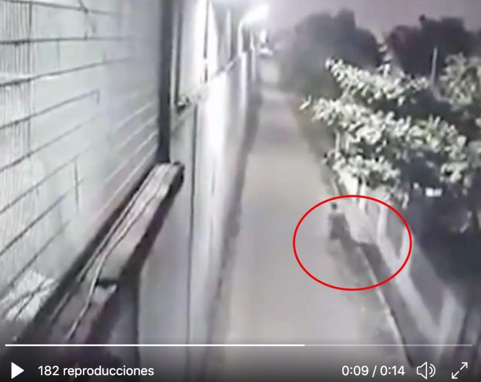 VIDEO: ¡El Chapo Guzmán chino escapa de prisión!, cavó túnel y salió por alcantarilla