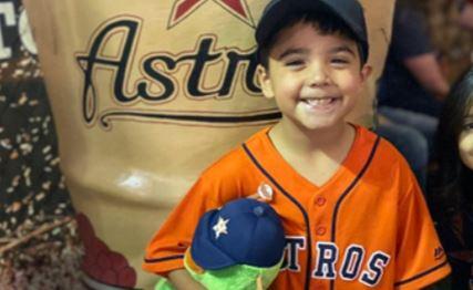 El pequeó Josiah McIntyre tenía una gran pasión por los Astros de Houston.