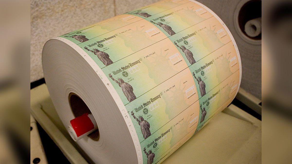 Cuándo podrías recibir tu próximo cheque de estímulo, una vez que la Cámara lo apruebe