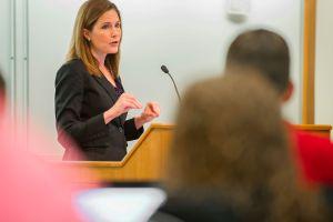 Trump nominará a la jueza Amy Coney Barrett para la Corte Suprema
