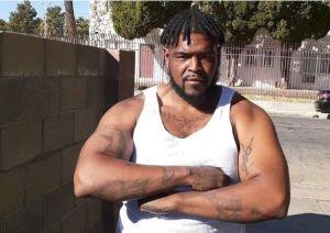 """Abogado de familia de Dijon Kizzee dice que agentes en Los Angeles lo """"ejecutaron a sangre fría"""""""