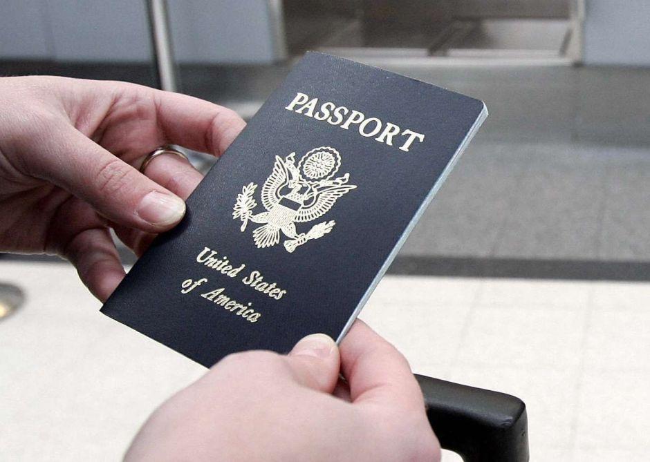 Arrestan a un hombre de Nueva Jersey por fraude de pasaporte de EE.UU.