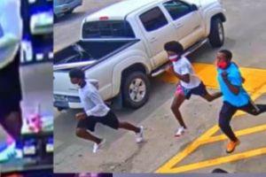 Video capta un robo descarado en un Home Depot de Texas; atacan a la persona en la caja registradora