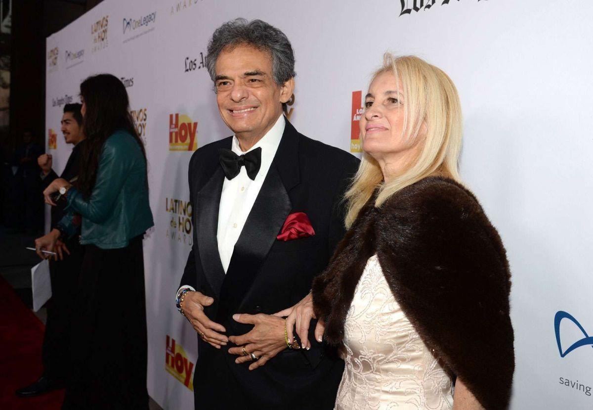 José José y su esposa Sara Salazar.