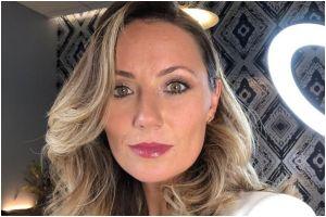 Rebeka Smith: Conoce el apartamento de la sustituta de María Celeste Arrarás en 'Al Rojo Vivo'