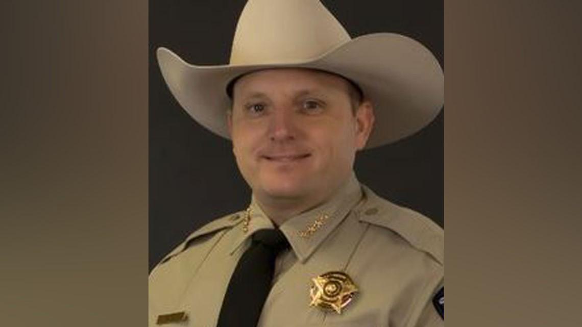 Sheriff de Texas enfrenta cargos por tratar de ocultar un video que captó la muerte de un hombre negro bajo custodia policial