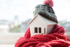Pequeños cambios que te ayudarán a aislar tu casa del frío sin gastar