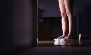 5 hábitos con la comida que debes romper si quieres perder peso