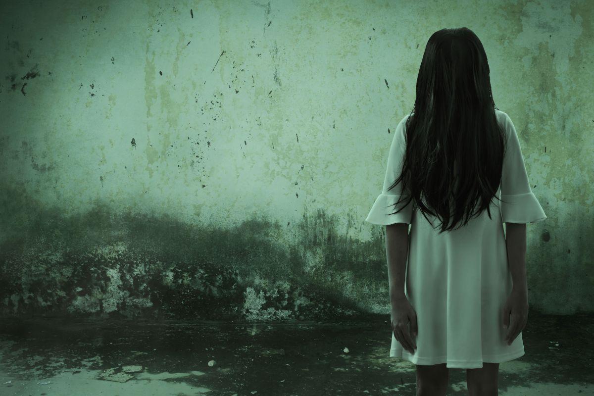 Causa terror video de fantasma deambulando al interior de cárcel inglesa