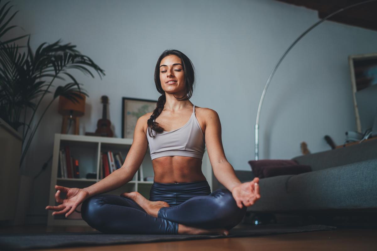 Pantalones de yoga: Las mejores opciones para estar cómoda y lucir bien en casa