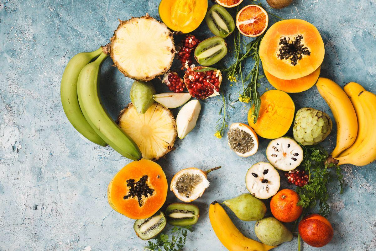 Las frutas tropicales son ricas en minerales.