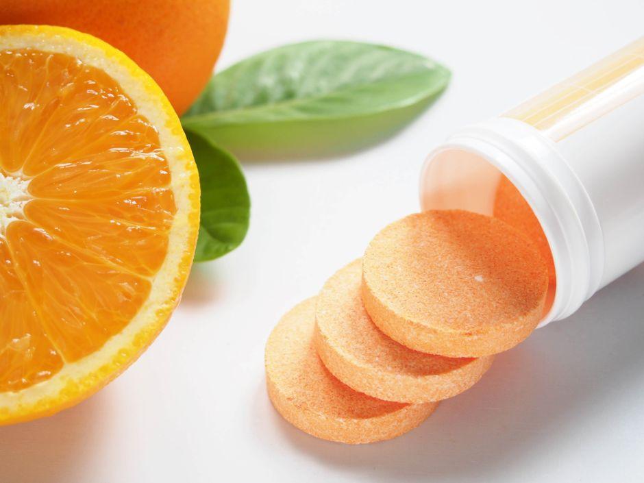 ¿Para qué sirve la vitamina C,  además de proteger el sistema inmune?