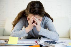 EE.UU. borrará $1 mil millones en deudas de estudiantes estafados por universidades con fines de lucro