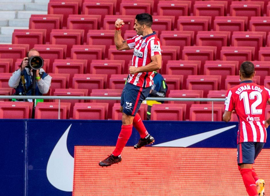 Un futbolista de verdad: Luis Suárez solo jugó 20 minutos y ya hizo época con el Atlético de Madrid