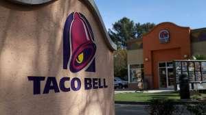 Trabajadores de Taco Bell llaman a la policía por pelea sobre salsa picante