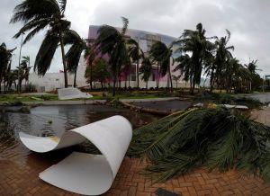"""""""Como llantos y lamentos"""": Así se escuchó el paso del huracán Delta en Playa del Carmen"""
