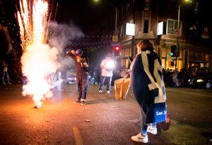 Victoria de los Dodgers cubrió el cielo de LosÁngeles con miles de fuegos artificiales ilegales