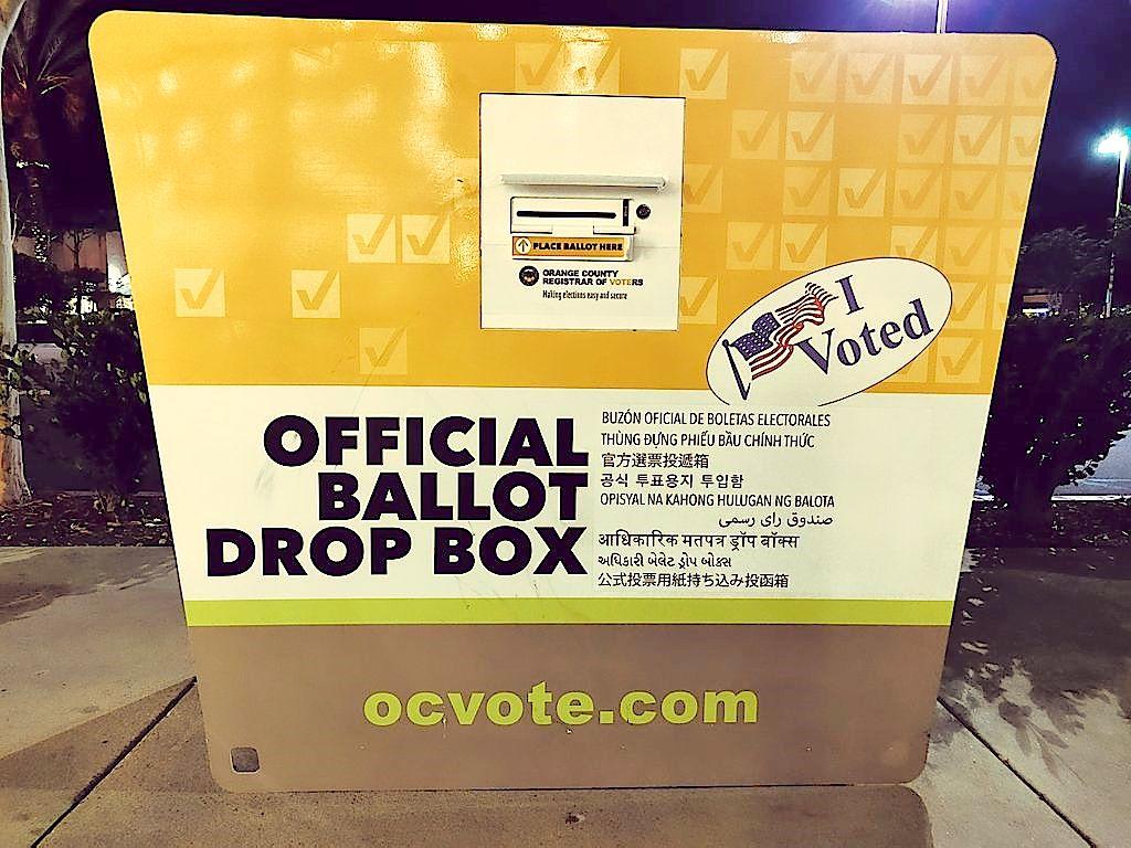 Reportan urnas falsas de republicanos en el condado de Los Ángeles