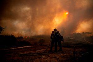 Investigan si los equipos de suministro eléctrico de Southern California Edison iniciaron el Silverado Fire