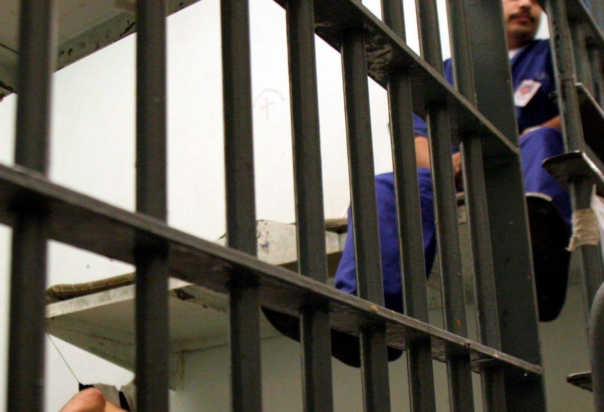 Presos en la Cárcel Central de Los Ángeles.