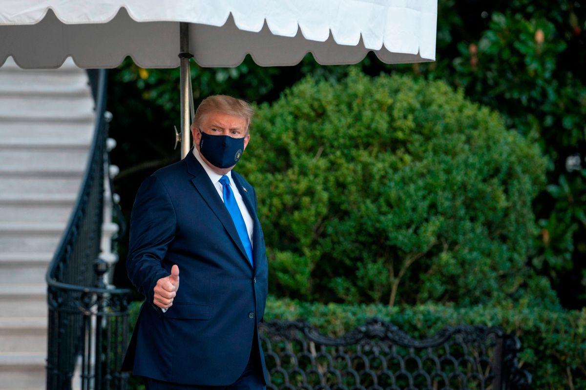 Fotos históricas del presidente Trump en viaje al hospital Walter Reed para su tratamiento por Covid-19