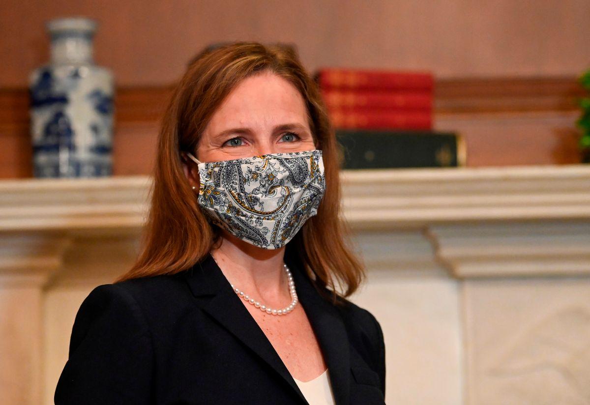 Senado vota la confirmación de la jueza conservadora Amy Coney Barrett a la Corte Suprema
