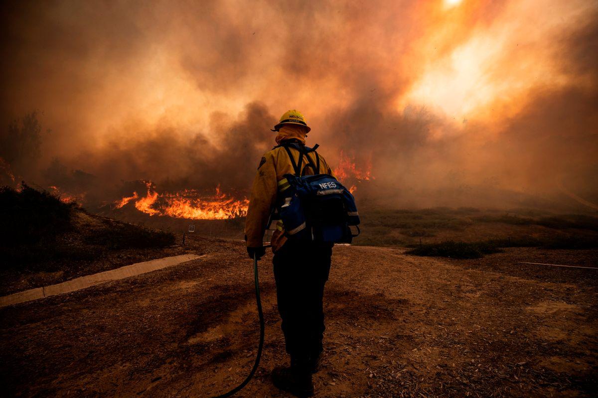 Incendio Willow cerca de Big Sur crece más allá de 2,000 acres en 24 horas, ordenan evacuaciones