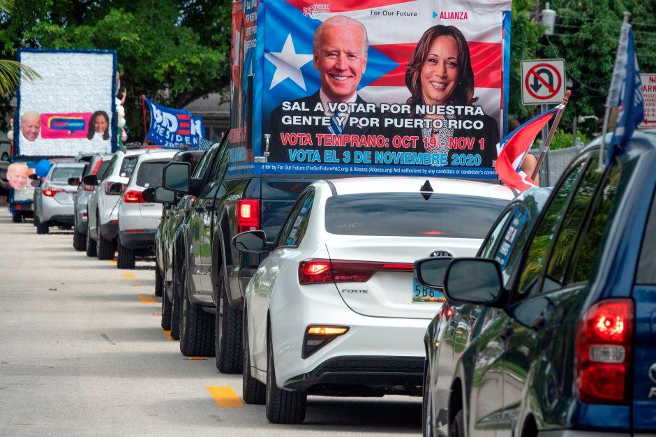 """""""Fuera Trump"""", la campaña que busca """"sacar"""" al presidente de la Casa Blanca apelando al voto latino"""