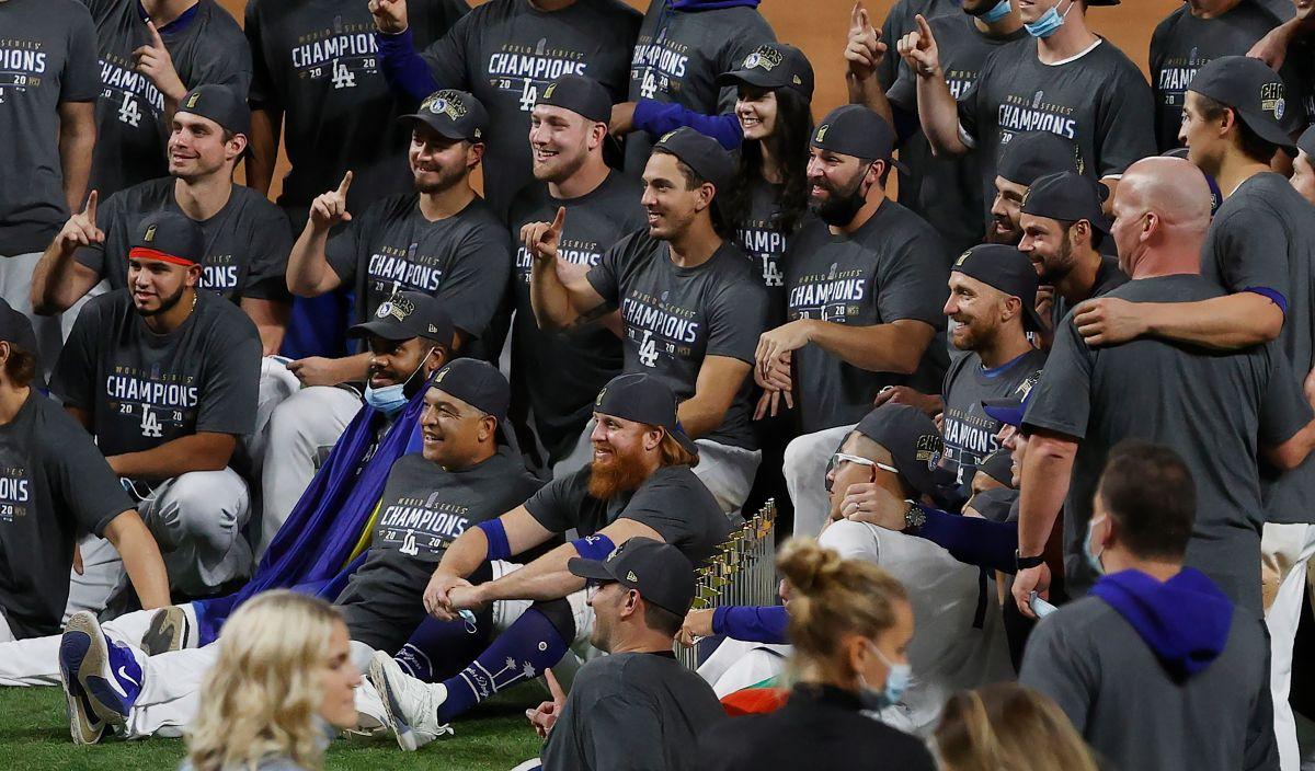 Departamento de salud de Los Ángeles recomienda a los Dodgers ponerse en aislamiento