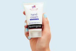 7 cremas hidratantes para suavizar y disminuir las arrugas en tus manos