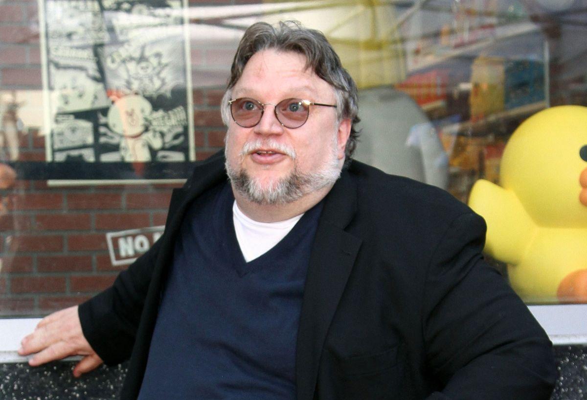 Las veces que Guillermo del Toro utilizó sus redes sociales para apoyar al talento