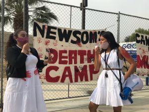 """Nombran a centros de detención """"Gobernador Newsom"""" en protesta por no liberar inmigrantes"""
