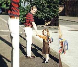 Padre e hija se toman la misma foto en 3 etapas distintas y se hace viral