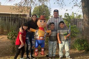 Seis hermanos pierden a su madre por COVID-19 y necesitan de tu ayuda