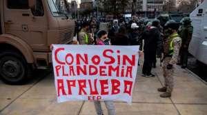 Chilenos que votan si cambian o no la Constitución de Pinochet ¿Qué sigue?