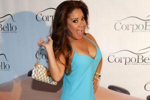 Carolina Sandoval seduce con bailes al marido... pero no esperaba sorpresiva interrupción