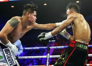 """VIDEO: el boxeador mexicano """"Vaquero"""" Navarrete brilló en Las Vegas para sumar otro título mundial"""
