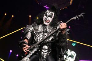Gene Simmons, de la banda KISS, vende en $22 millones mansión por la que pagó $1.34 millones