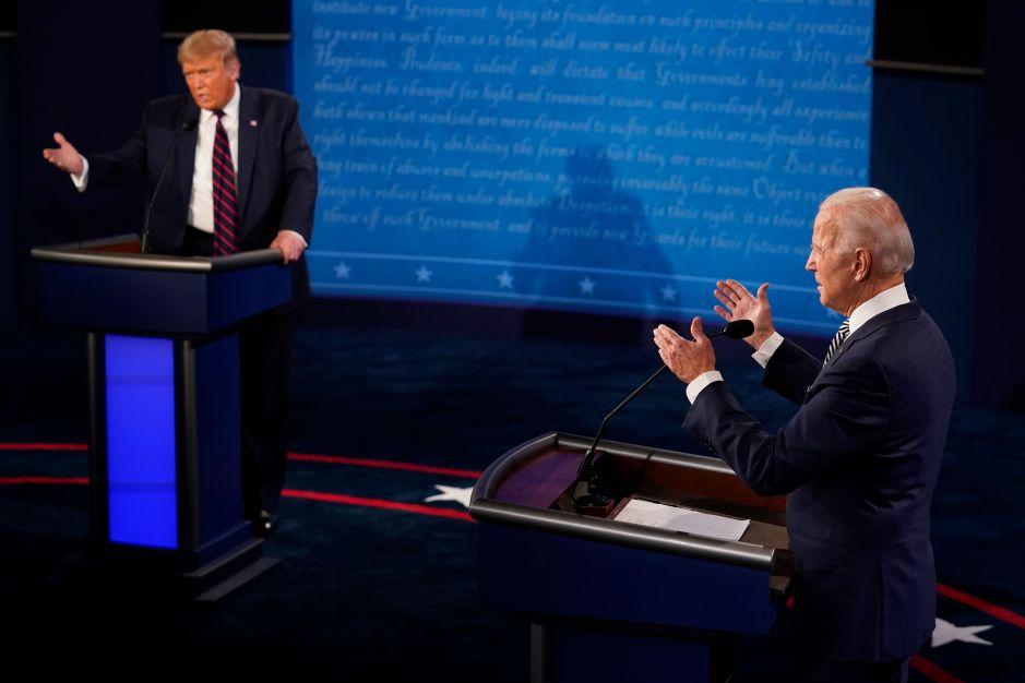 Polémica: Biden contrató a ejecutiva de Facebook; médicos lo observan por 11 contagios tras debate con Trump
