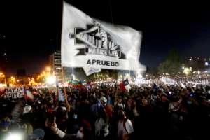 Apoyo abrumador en Chile a la redacción de una nueva Carta Magna, con casi todos los votos contados