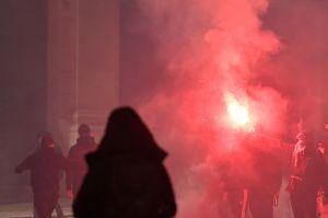 Estallan protestas en Italia por nuevas medidas para contener la segunda ola de la pandemia