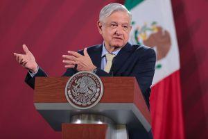 Andrés Manuel López Obrador arma su quiniela para los playoffs de las Grandes Ligas