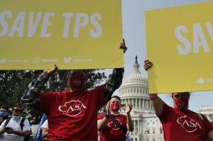 ¿Qué inmigrantes con TPS pueden solicitar la 'green card' tras nuevo fallo judicial?